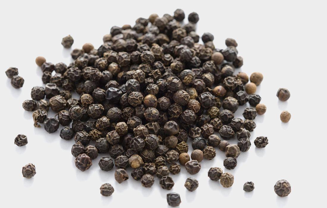 Hạt tiêu đen, vị thuốc từ cây nhà lá vườn cho bà bầu