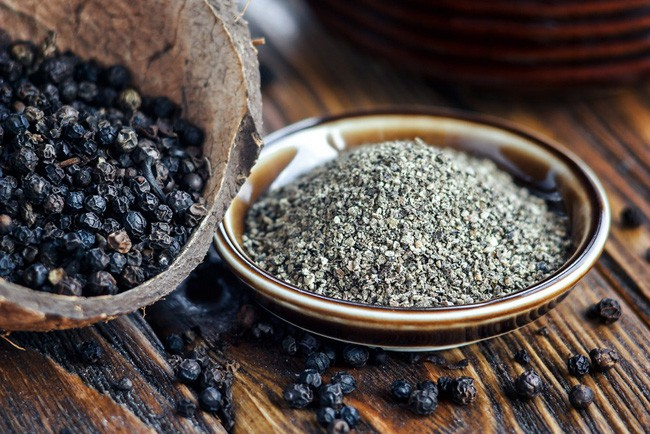 Hạt Tiêu, vị thuốc quý từ gia vị nơi góc bếp