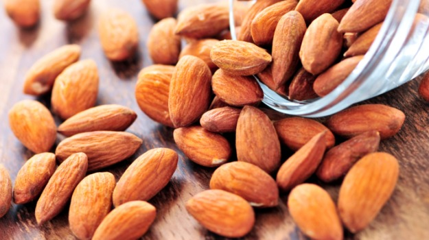 9 lợi ích thú vị về giá trị dinh dưỡng của hạt hạnh nhân